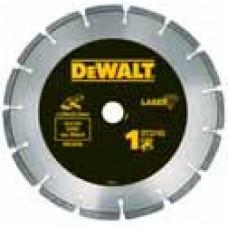 Алмазный отрезной диск DeWALT DT3702